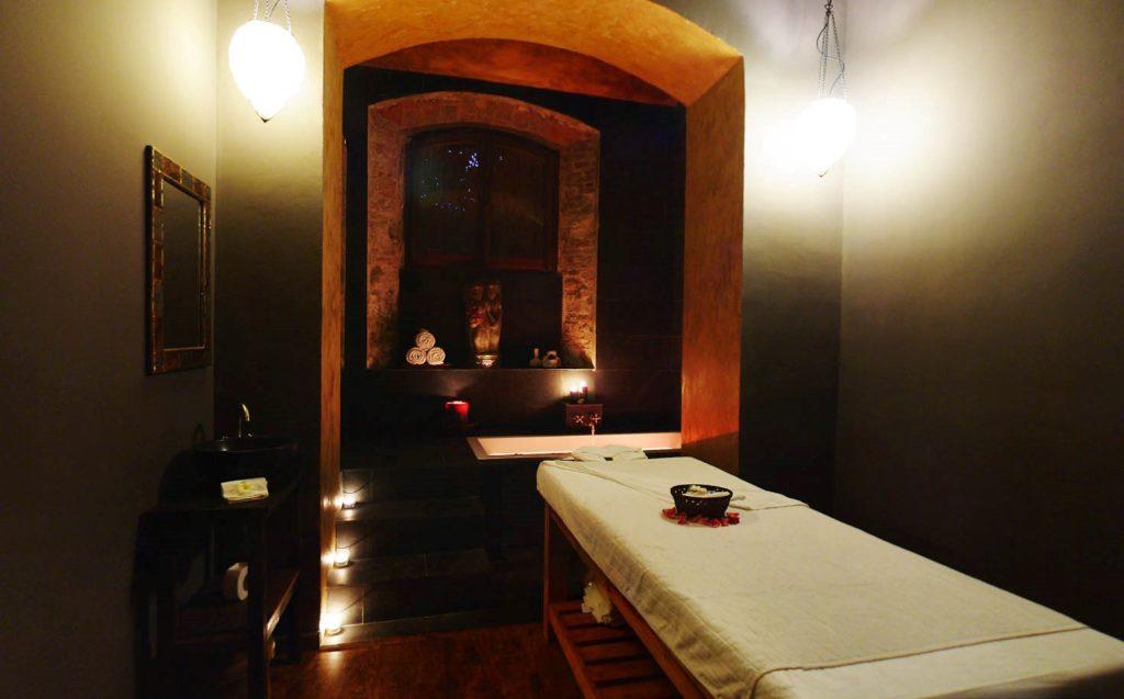 Table massage oriental Temana