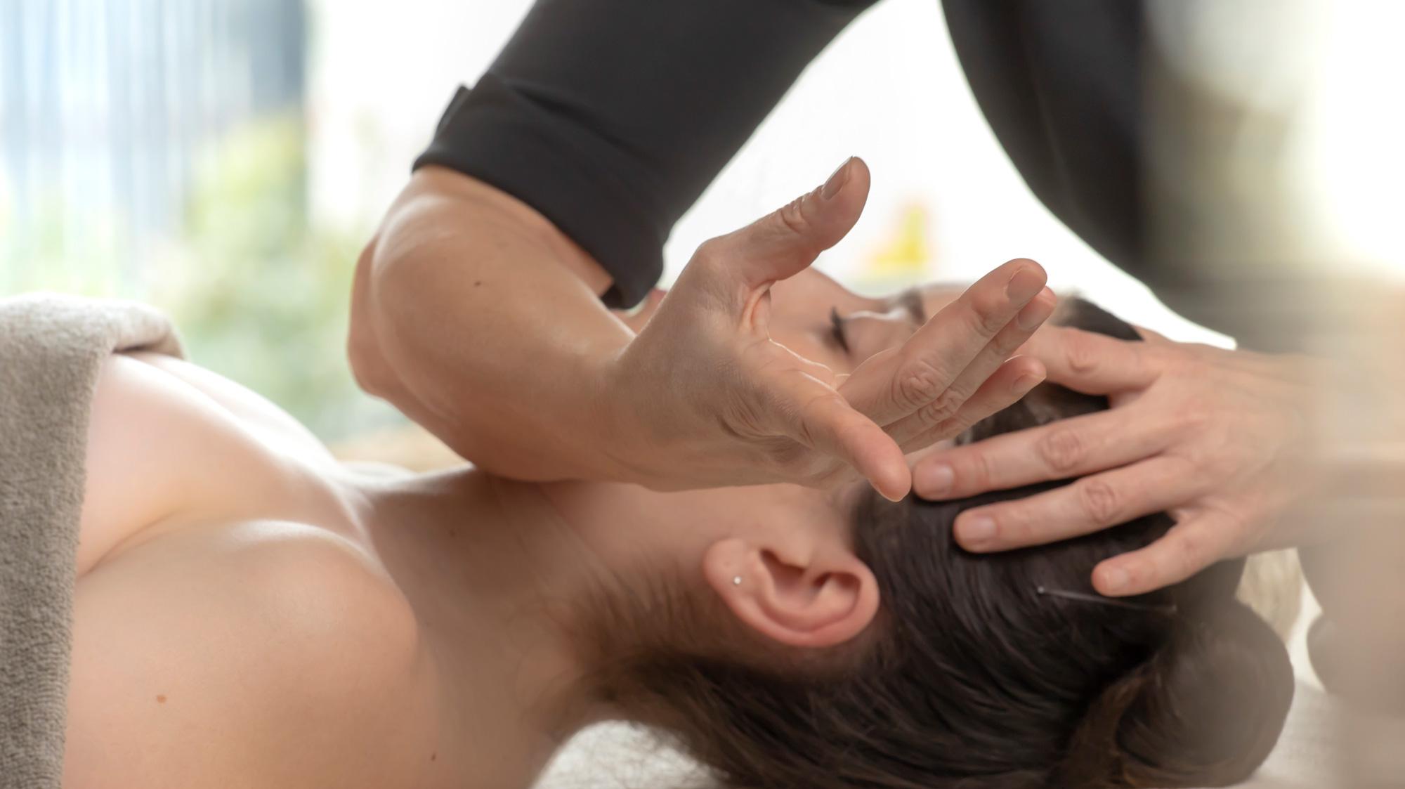 Non-jugement et empathie dans le Massage bien-être