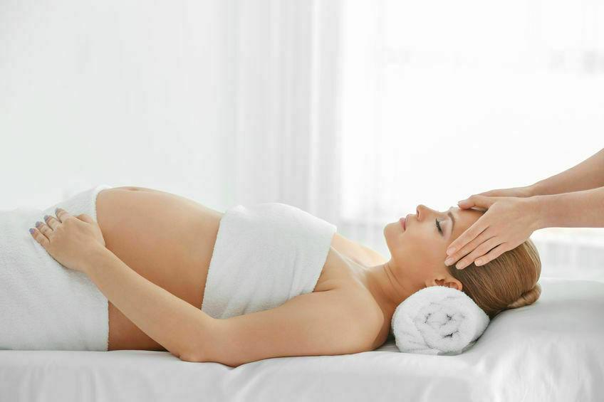 Quel type de massage pour les femmes enceintes ?