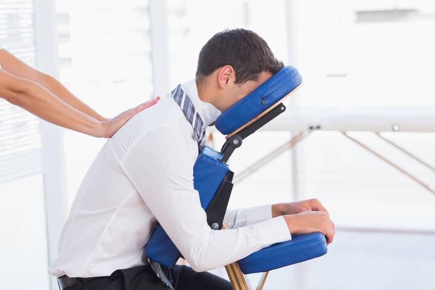 le massage en entreprise, pourquoi pas ?